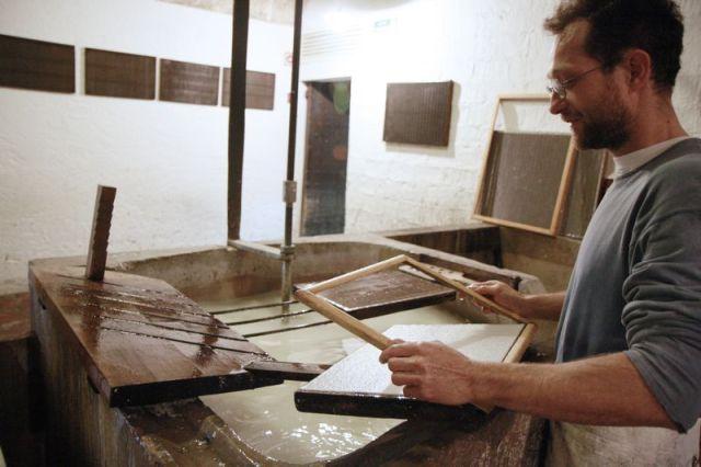 Hoja formada. Fuente: Museo Molino de Capellades, Barcelona